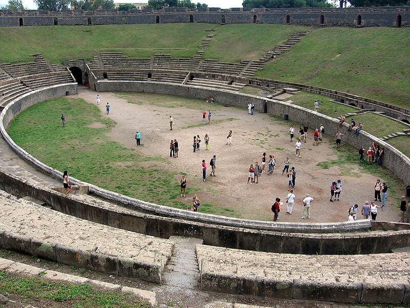 Pompéi, ruines d'une ancienne ville romaine recouverte par une éruption du Vésuve en 79 après JC